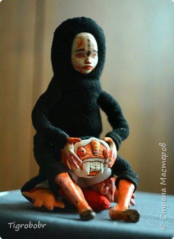 Доброго дня! Буквально сегодня утром доделала куклёныша.  фото 8