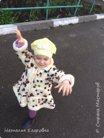 Здравствуйте жители Страны Мастеров!  Для своей внученьки связала пальто  фото 2