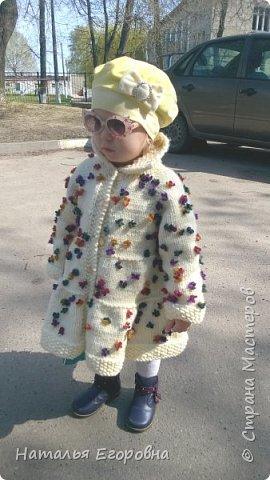 Здравствуйте жители Страны Мастеров!  Для своей внученьки связала пальто  фото 3