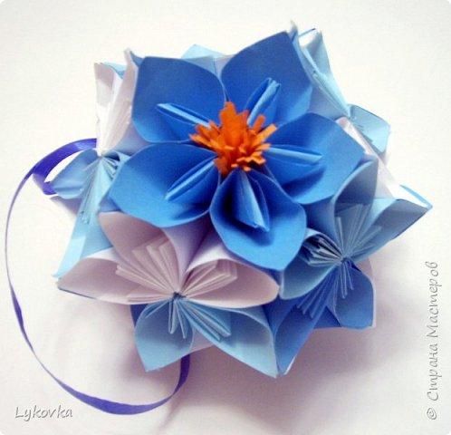 Всем доброго времени суток! Очень рада всем заглянувшим в гости! Букетик у меня сегодня не совсем обычный, каждый цветок это вариация классической цветочной  кусудамы Mio Tsugawa.  фото 18