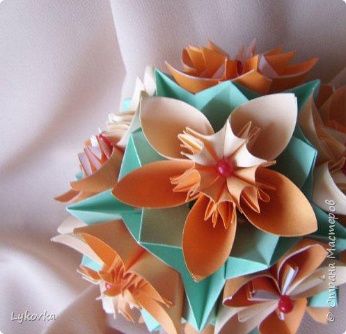 Всем доброго времени суток! Очень рада всем заглянувшим в гости! Букетик у меня сегодня не совсем обычный, каждый цветок это вариация классической цветочной  кусудамы Mio Tsugawa.  фото 8