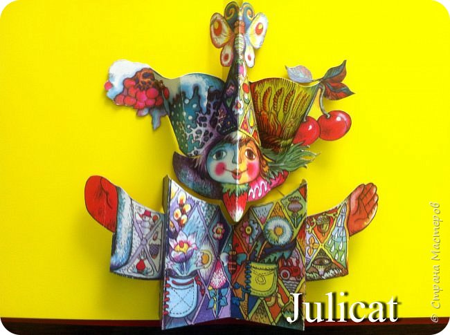 """Здравствуйте, уважаемые мастера и мастерицы!  Сегодня покажу Вам мое недавнее творение для моей младшей доченьки-первоклашки Катюши -  костюм книги - Читанки.  У Катюши в классе на днях был знаменательный для первоклассников праздник - """"Прощай, Букварик!"""". Катюше досталась роль книги Читанки. Первоклассники закончили изучать букварь, научились читать, и теперь переходят к новой книге - книге для чтения с рассказами, сказками и стихами для уверенных читателей. Вот таким интересным персонажем должна была стать моя Катя.  На идею раскрытой книги натолкнула учительница.  Долго не могла ничего толкового придумать. Но в конце концов результат порадовал - Катюшка была очень колоритной на празднике)  Итак - расскажу подробней историю создания этого костюма... Извините - мало писать не умею))) Наберитесь терпения - самое интересное, конечно, в конце))) фото 18"""