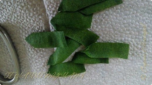 Сегодня делаем вот такую брошь. Нам понадобится:  2 кусочка фетра Нитки швейные Ленты Клей момент Лента флористическая зеленая фото 7