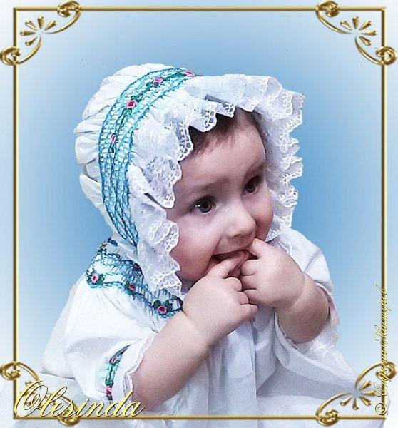 Здравствуйте! Вот такой нарядный чепчик я сшила своей маленькой дочке в дополнение к платьицу из моего предыдущего МК «Платье с вышитыми буфами». Как сделать такой головной убор, смотрите далее.  фото 23