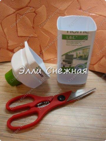 """Сегодня мы с вами сделаем мыло со свирлами. Можно сделать сразу несколько одинаковых мылец с похожим рисунком, если отлить мыльце в виде бруска, а потом разрезать на """"порции"""". фото 3"""