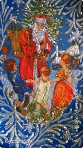 Эту тарелку делала  к Новому году.Тарелка керамика,прямой декупаж салфетки и роспись  акриловыми красками и серебряными глитерами фото 2