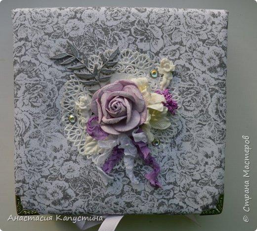 Коробочка для фаты и бабочки. Ангелочки из полимерной глины, веточка - деревянный чипборд запечен серебряной пудрой для эмбоссинга. фото 1