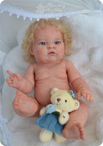 Здравствуйте, девочки-мастерицы!! Рада представить вашему вниманию малышку Лерочку. Рост куколки 35 см, вес около 1 кг. Расписана красками генезис, волосики-мохер, вживлены. фото 2