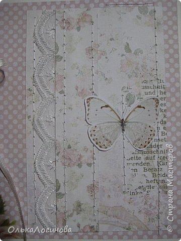 """Здравствуй,Страна! И опять я к вам с новой порцией открыток))не отпускает меня))снова ScrapBerry's,снова """"Бабочки"""" и """"Ромео и Джульетта"""",основа акварельная бумага.Первая открытка симбиоз нового и старого,цветочков нет,но кружево осталось)))а также немного полубусин и имитации машинной строчки(сделана вручную). фото 7"""