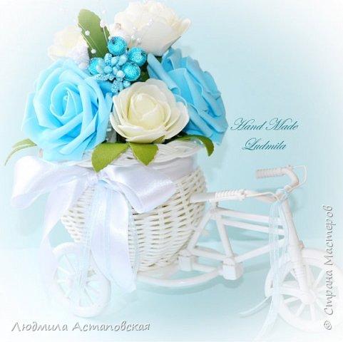 """Вот такие декоративные велосипедики превращаются у меня в сувениры) Ими можно украсить любое помещение, создать уют и даже подарить подарок!  Подарок """"Дыхание весны"""" Фиалка сказочный цветок, Никто не может с этим спорить. Созданье дивной красоты И удивительных историй!  фото 4"""