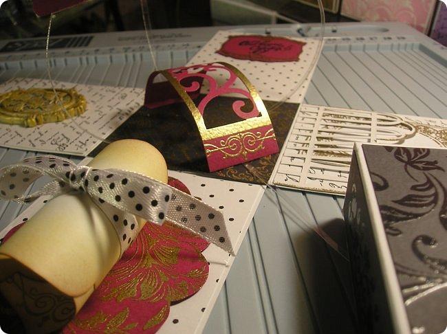 Продолжаю показ.... На 8 марта нужно было что то делать для подарков, и что то быстрое и качественное, и вспомнились мне Олины магнитики..  вот такие у Олюшки были в разработке, http://stranamasterov.ru/node/742304  и я приступила... какая была бумага в заначке с такой и делала... фото 56