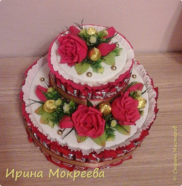 Сегодня доделала два больших торта ( высота 20 см и диаметр 32 см ) и хочу вам их показать. фото 2