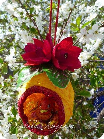 Уж верба вся пушистая Раскинулась кругом; Опять весна душистая Повеяла крылом.  Станицей тучки носятся, Тепло озарены, И в душу снова просятся Пленительные сны.  Везде разнообразною Картиной занят взгляд, Шумит толпою праздною Народ, чему-то рад...  Какой-то тайной жаждою Мечта распалена - И над душою каждою Проносится весна.  Афанасий Афанасьевич Фет  Всем здравствуйте! Поздравляю всех с праздником! Желаю мира, добра, любви, чистых помыслов! фото 21