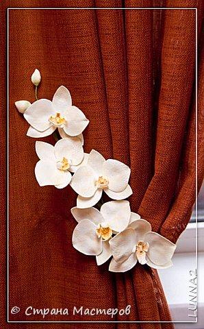 Мои первые подхваты (цветы) из фоамирана. Подхват-косичка был куплен в магазине, а цветочком решила дополнить. фото 6