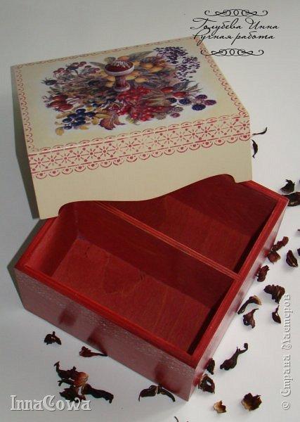 Всем здравствуйте!  Накопилось у меня не много работ, которыми хотелось бы с вами поделиться. Это короб для чайных пакетов, был сделан в марте в подарок на день рождения коллеге. фото 2