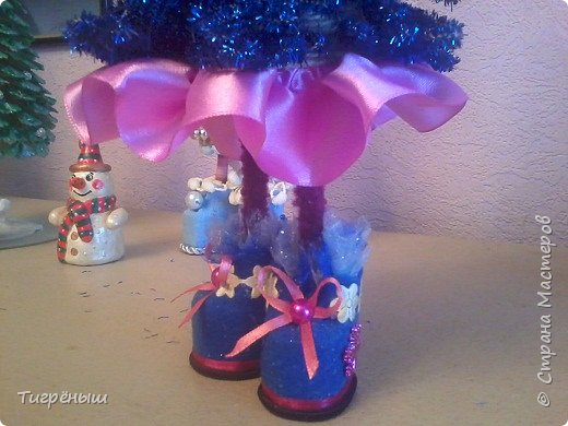 Вечер добрый всем . Мои первые новогодние ёлочки в разгар весны )) Делала в январе их фото 12