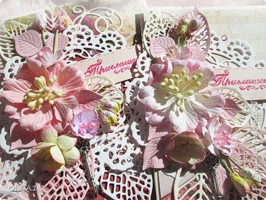 Три приглашения для работников детского сада, сделала по просьбе. Использовала готовые цветы, бумагу для скрапбукинга, вырубку, надпись - горячий эмбоссинг. фото 5