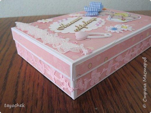 """Здравствуйте, гости моей странички! Хочу показать еще коробочки """"Мамины сокровища"""". Извините за качество фотографий- как всегда в спешке, перед тем, как отдать -) фото 3"""