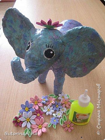 Доброе время суток дорогие друзья! Скоро удивительный праздник Пасха! Многие готовятся к нему. Пасха-это радость, весна и, конечно же - цветы. Мои работы не относятся к Пасхе, но цветы прекрасны в любое время года. Я хотела бы вам представить два арт-объекта в виде прекрасных животных лошадки и слона, оформленных цветами. фото 11