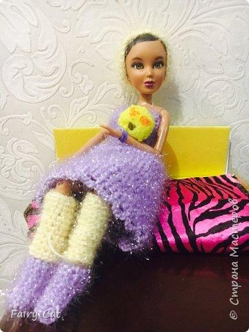 Привет, сегодня я познакомлю Вас с моей куклой Katy. Мы вместе покажем Вам, какие вещички я ей связала. фото 5