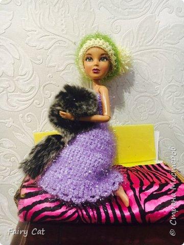 Привет, сегодня я познакомлю Вас с моей куклой Katy. Мы вместе покажем Вам, какие вещички я ей связала. фото 6