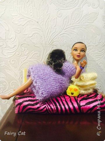 Привет, сегодня я познакомлю Вас с моей куклой Katy. Мы вместе покажем Вам, какие вещички я ей связала. фото 7