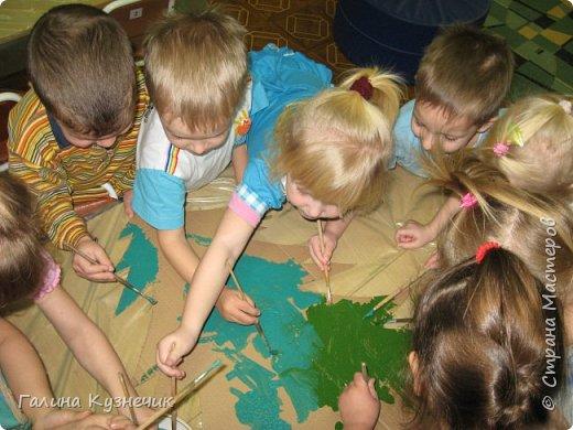 Ёлка для украшения интерьера в детском саду. фото 4