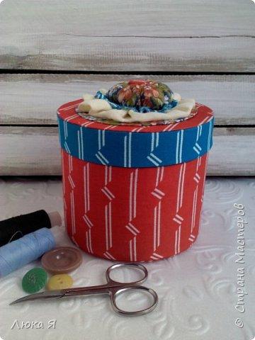 На подарки к праздникам изготовила шкатулки-игольницы фото 1