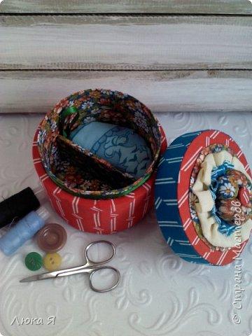 На подарки к праздникам изготовила шкатулки-игольницы фото 2
