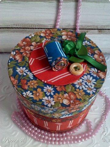 На подарки к праздникам изготовила шкатулки-игольницы фото 7