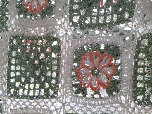 Привет мастерам и мастерицам замечательной Страны! Связались мини-скатерти в подарок любимым сестричкам.Вдохновилась цветочными квадратами от турецких мастериц и решила разобраться что и как- и вот что получилось фото 5