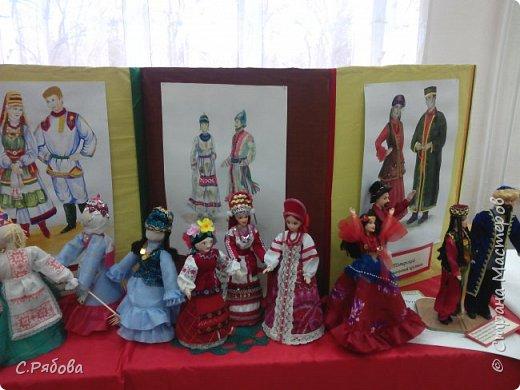 Каждый год у нас проходит фестиваль детского творчества. на котором дети выставляют работы сделанные за год. фото 3