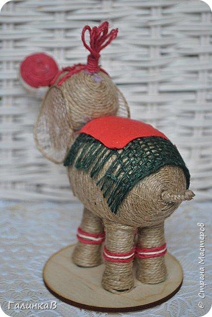 К нам приехал цирк! Вот такой слоник вышел у меня снова из пенопластового яйца и джута. фото 5