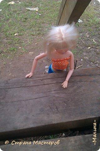 """Всем привет! мы с подругой однажды подумали-""""почему все фотографируют кукол на улице,а мы нет? мы тоже хотим"""" И пошли мы на выходных гулять. вот что из этого вышло... (слева Алла-кукла у подруги,справа - Лина у меня) фото 9"""