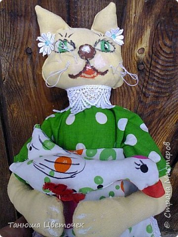 Кошка пакетница Яблонька. в кармашке гусь. Пожелание добра и благополучия. фото 2