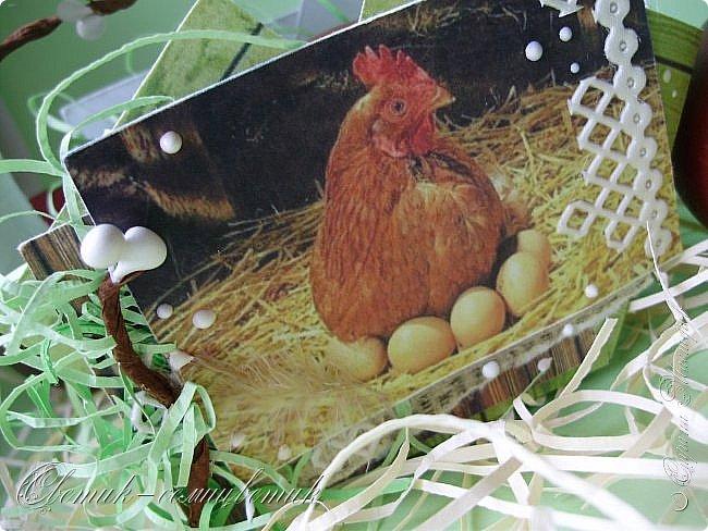 """Христос Воскресе! Эта неделя называется """"Светлая Пасхальная Седмица"""", каждый день недели тоже называется светлым - Светлый Понедельник, Светлый Вторник и т. д., а последний день - Светлая Суббота. В эти дни православные красят яйца и дарят друг другу.  Предлагаю подарить яйцо вот в такой простой бумажной корзиночке. фото 3"""