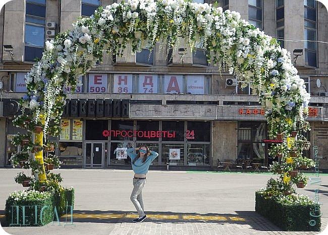 С 22 апреля в Москве открылся большой фестиваль «Московская весна», который продлится аж до самого 9 мая, совместив в себе и Пасху, и день Победы. фото 8
