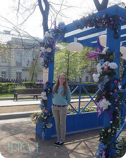 С 22 апреля в Москве открылся большой фестиваль «Московская весна», который продлится аж до самого 9 мая, совместив в себе и Пасху, и день Победы. фото 21