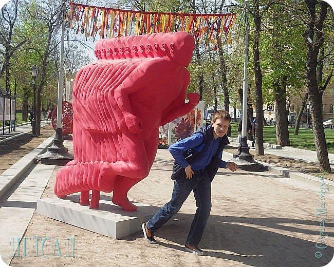 С 22 апреля в Москве открылся большой фестиваль «Московская весна», который продлится аж до самого 9 мая, совместив в себе и Пасху, и день Победы. фото 31