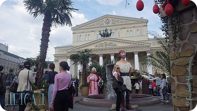 С 22 апреля в Москве открылся большой фестиваль «Московская весна», который продлится аж до самого 9 мая, совместив в себе и Пасху, и день Победы. фото 52