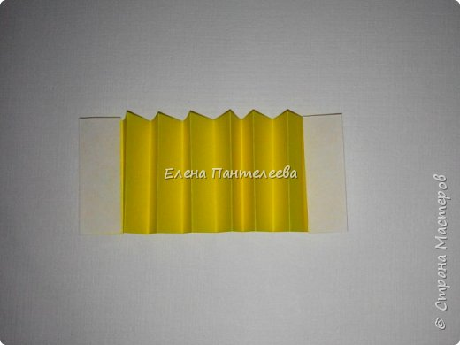 Предлагаю сделать аппликацию из фигурок оригами, гармонистов, с элементами рисования. фото 64