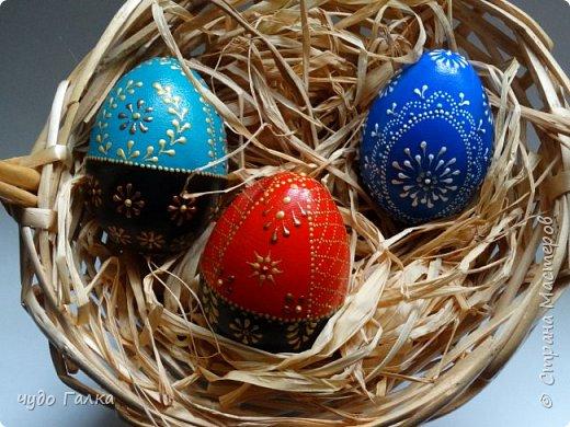 Каждый год, к Пасхе рисую я яйца. В этом году получились вот такие фото 1