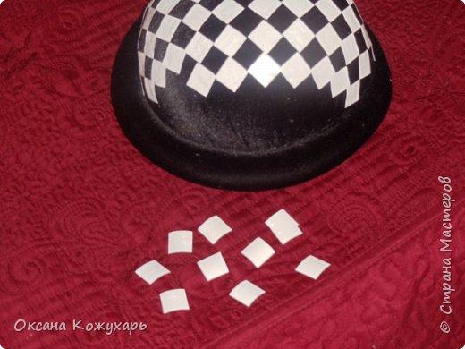 Здравствуйте,хочу поделится превращением обычной шляпки в шляпку шахматной королевы фото 3