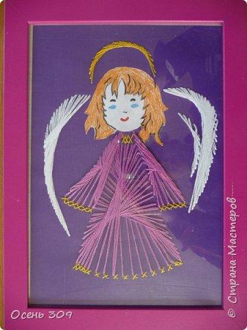 Детям нравится вышивать ангелочков. Эта работа Маши 7 лет. фото 2