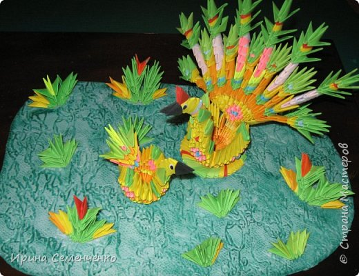 """Поделка """" На поляне"""" моей ученицы Скороходовой Виктории на выставку """"Чудесный мир оригами"""" В работе и спользовалась книга : """"Забавные фигурки. Модульное оригами"""" Автор: Т. Проснякова  фото 1"""