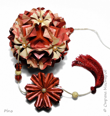 Name: Gardenia Designer: Natalia Romanenko МК - http://kusudama.info/2013/08/gardenia-tutorial/ фото 12