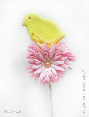 Дорогие друзья, поздравляю Вас со Светлым Праздником! Мира, Добра и Любви всем! Сделала украшения для пасхального стола. Зайчики и цыплята слеплены из соленого теста при помощи формочек для теста. фото 24