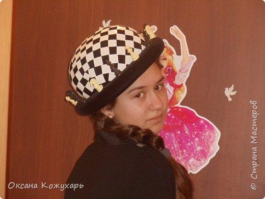 Здравствуйте,хочу поделится превращением обычной шляпки в шляпку шахматной королевы фото 9