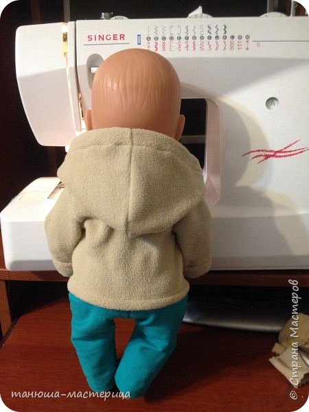 И очередная домашняя работа для детского сада, сшить одежду для пупса и  вот результат кропотливой работы фото 6