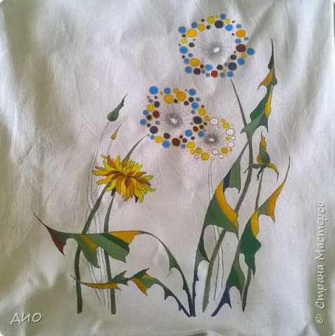 Рисунок на сумке акриловыми красками. фото 2